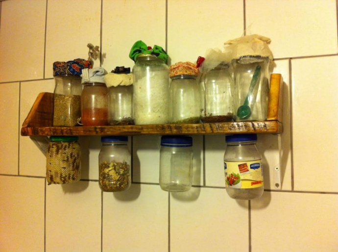 Kitchen Pallet Herbs Shelf