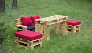 Ideas for Recycled Pallet Stools