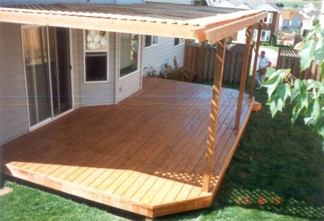 Pallet garden deck floor ideas pallet ideas recycled for Garden decking design ideas