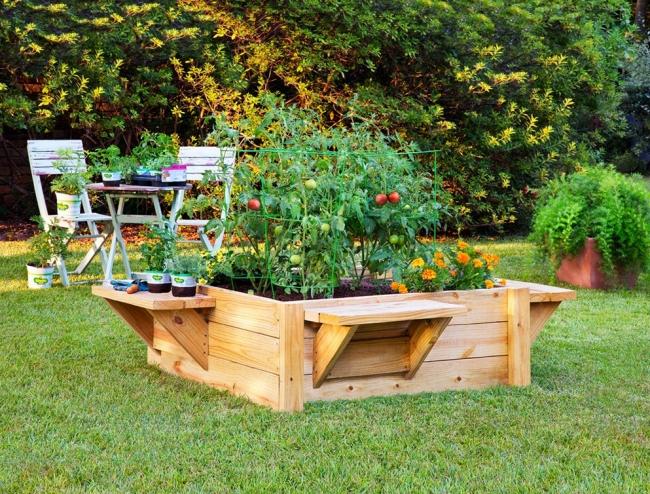 Pallet Decor with Raised Garden