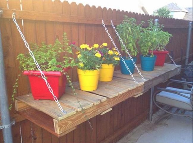 Pallet Garden Decor Pots