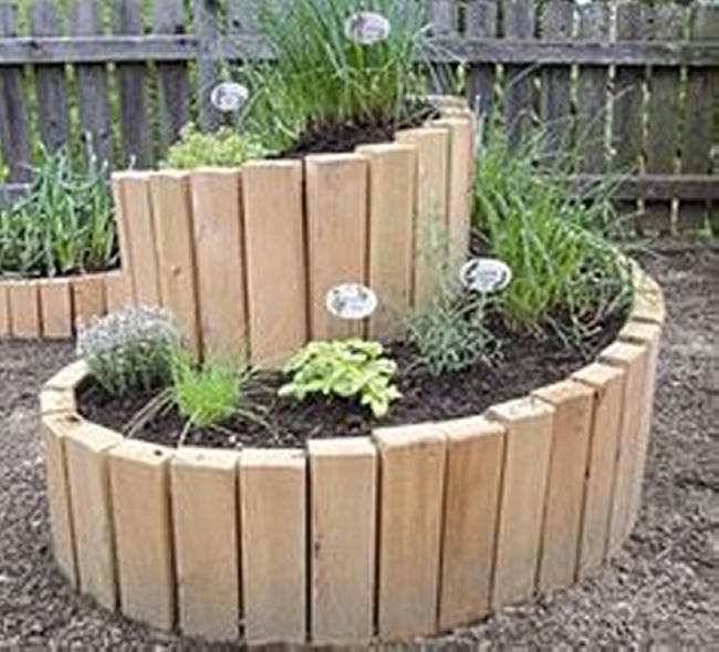 Pallet Garden Decor Projects