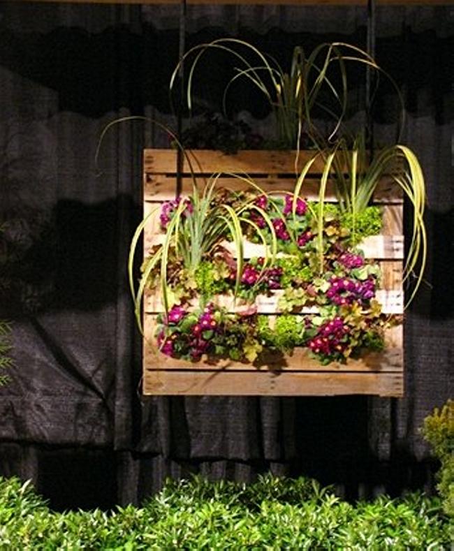 Pallet Garden Decor with Planter