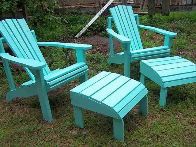 Recycled Patio Pallet Footstool Chairs