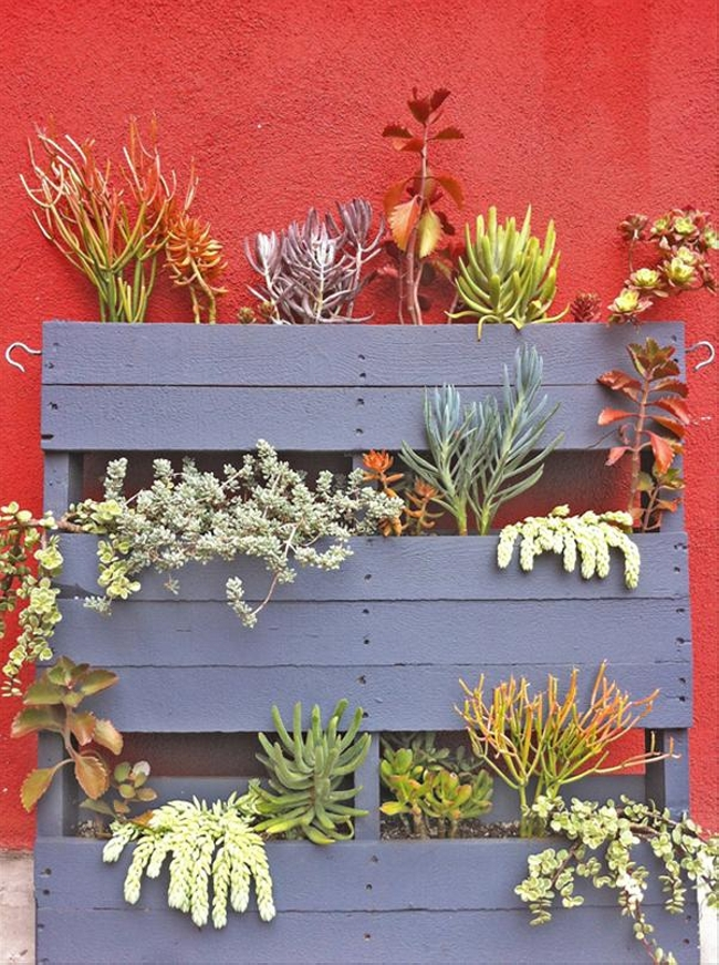 Upcycled Pallet Garden Decor