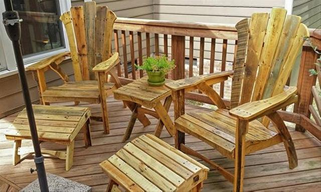 Vintage Adirondack Pallet Footstool Chair