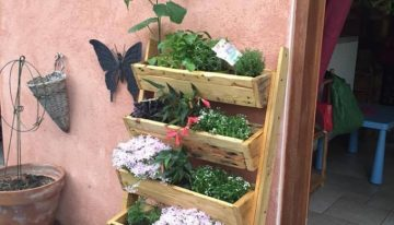 Repurposed Pallet Planter
