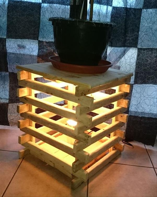 pallet bedside table with lights