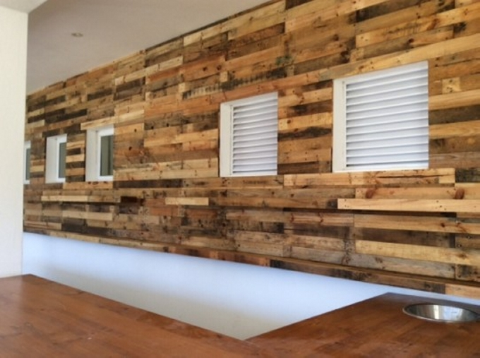 Pallet wall cladding pallet ideas recycled upcycled for Using pallets for walls