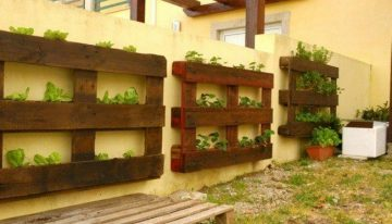 Pallet Wall Planter Ideas
