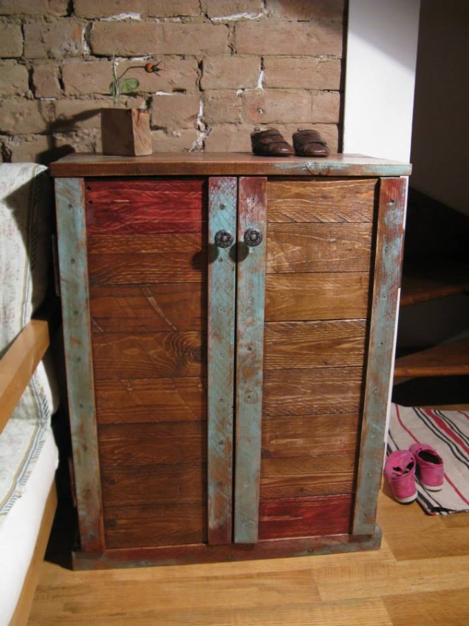 Recycled Pallet Storage Cabinet Pallet Ideas