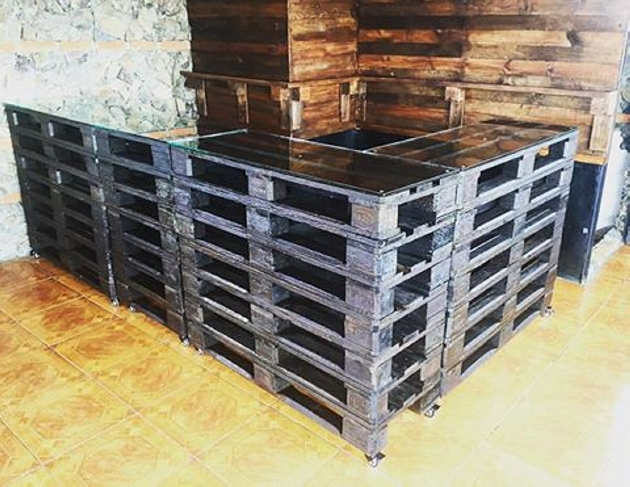Furniture Made With Wood Pallets Pallet Ideas Recycled
