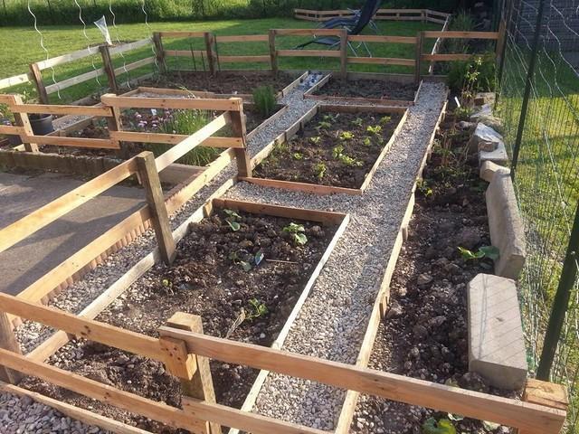 Pallet Planter Garden