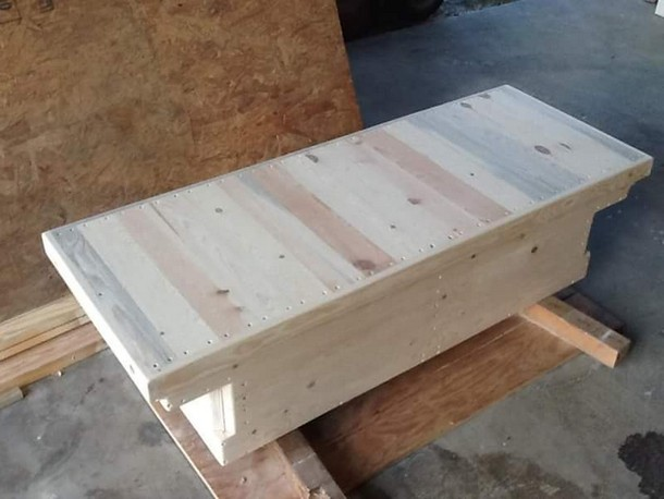Pallet Made Tool Box | Pallet Ideas