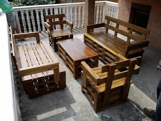 outdoor pallet wooden furniture