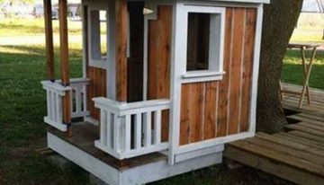 Recycled Pallet Playhouse