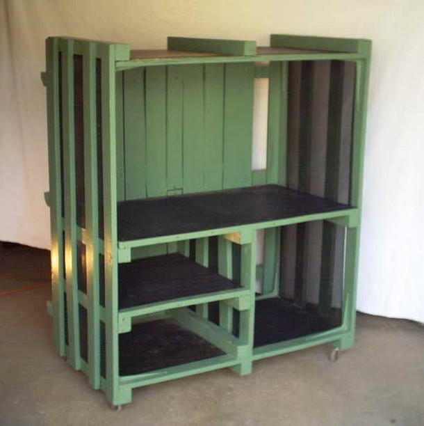 Upcycled pallet plans pallet ideas recycled upcycled for Armoire palette bois