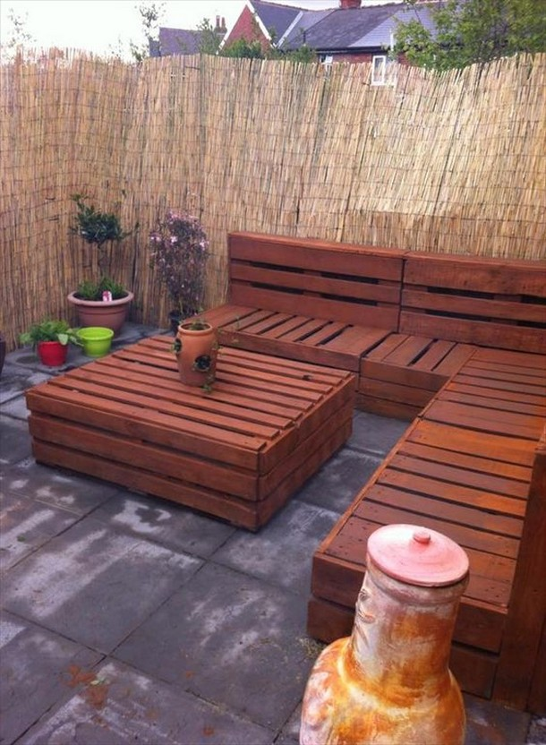20 ideas for pallet patio furniture pallet ideas for Outdoor deck furniture ideas