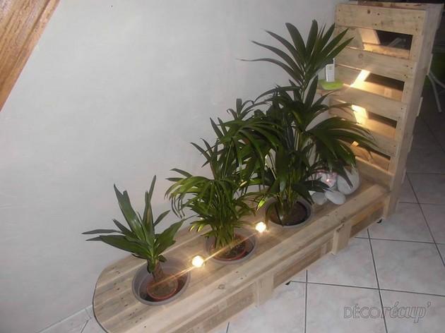 pallet planter decor idea