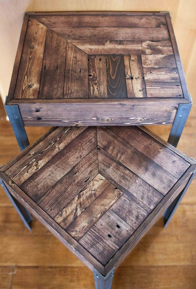 Reclaimed Wood Pallet Furniture The