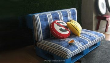 Furniture Ideas with Shipping Pallets