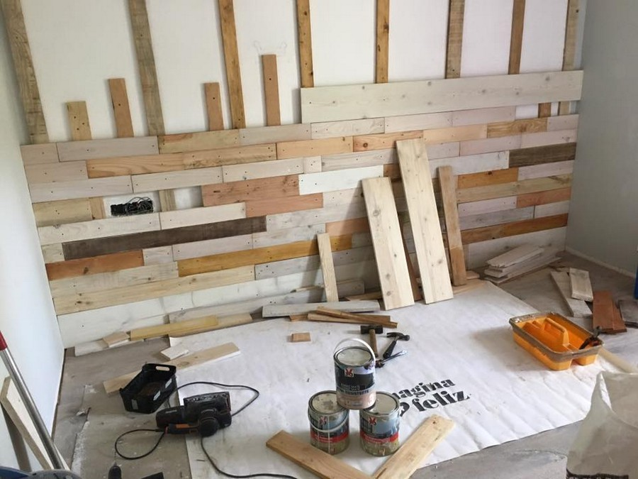 diy wall with pallet wood