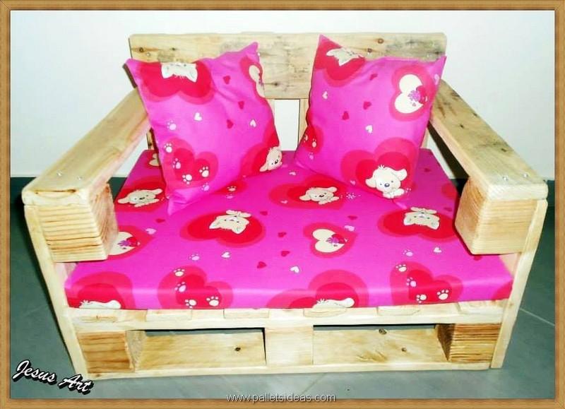 pallet dog bed idea