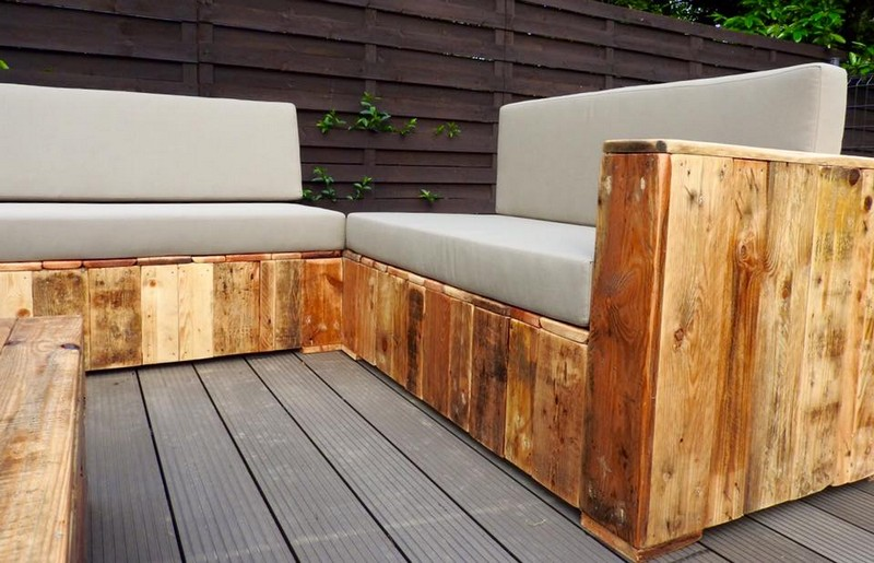pallet lounge couch