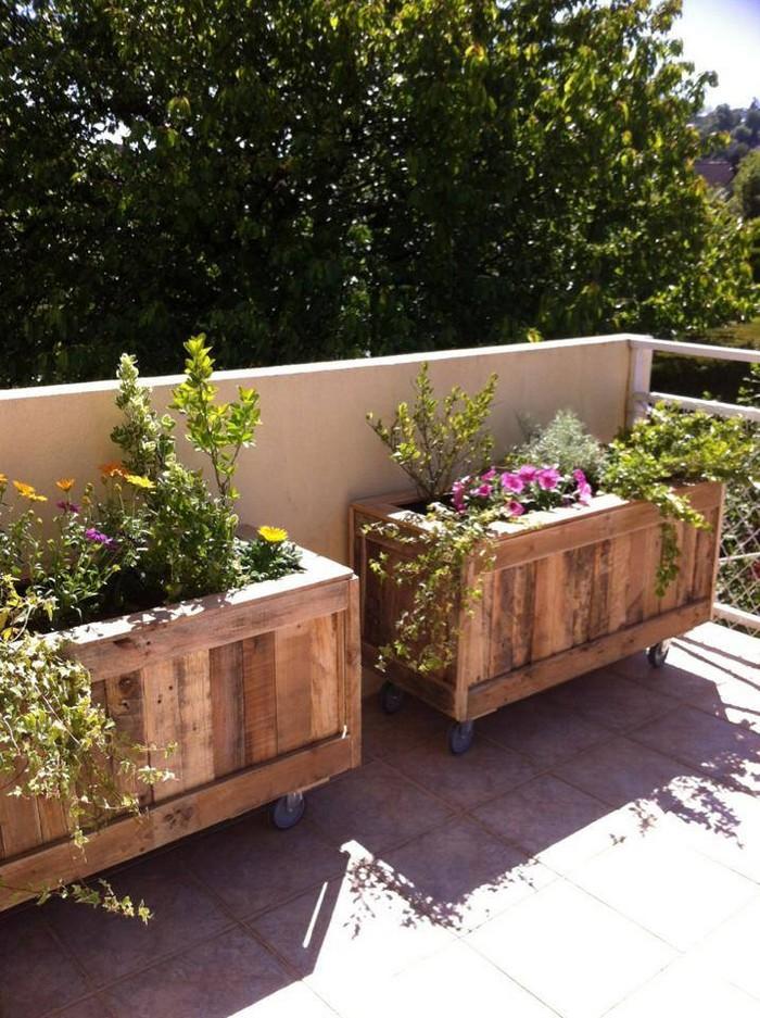 pallet mobile planters