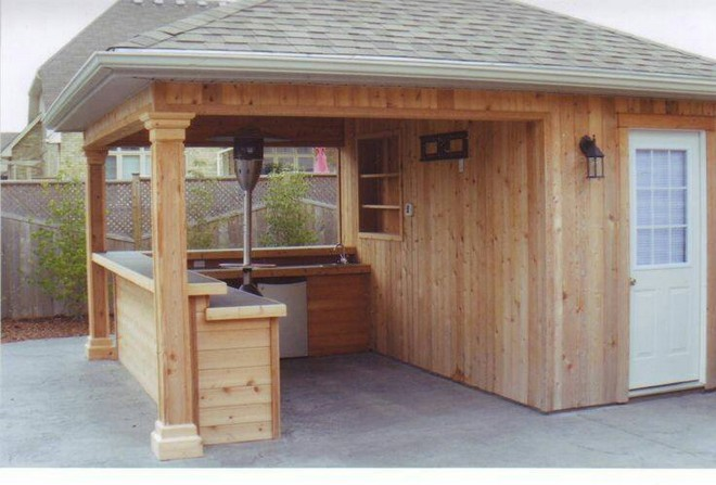 pallet patio bar idea