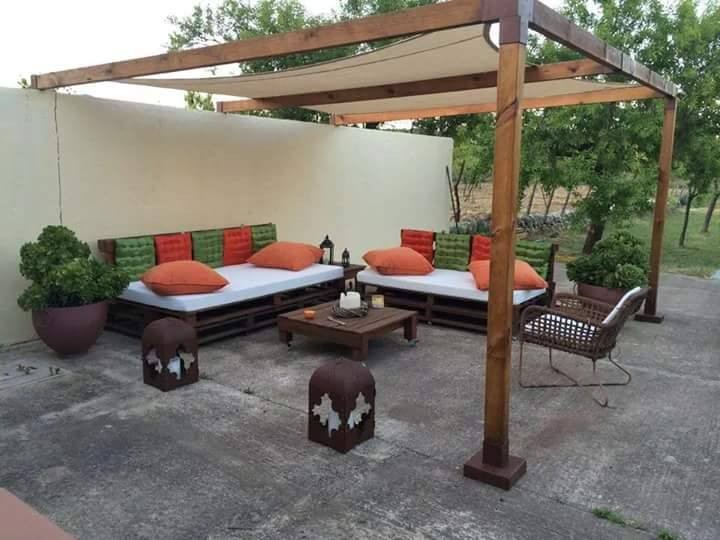 pallet patio pergola lounge furniture