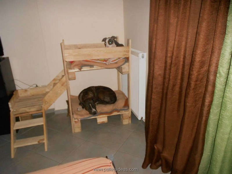 Recycled Wood Pallet Dog Bed Houses Pallet Ideas