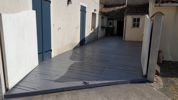 patio pallet flooring