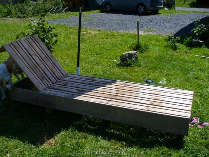 patio pallet lounger