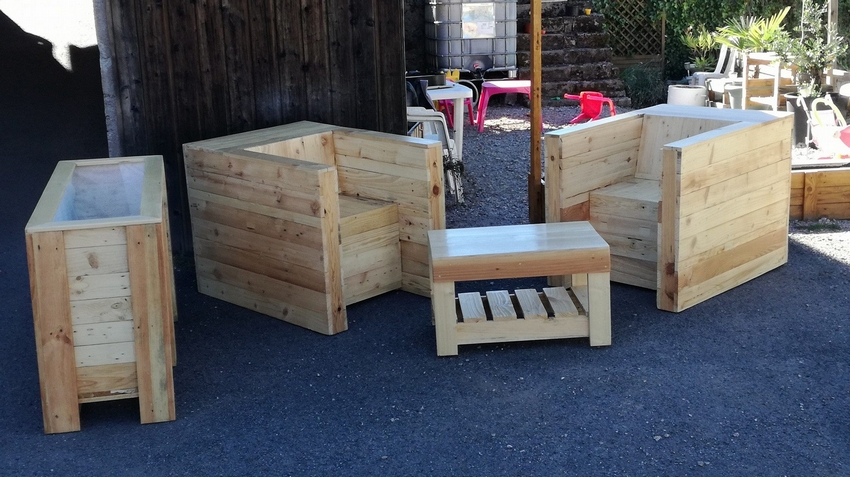 patio pallet wood furniture