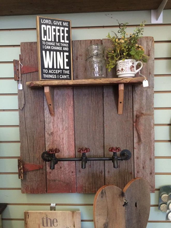 recycled pallet crafts