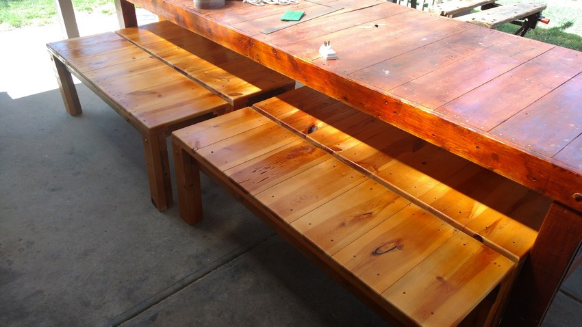 repurposed wood pallet benches