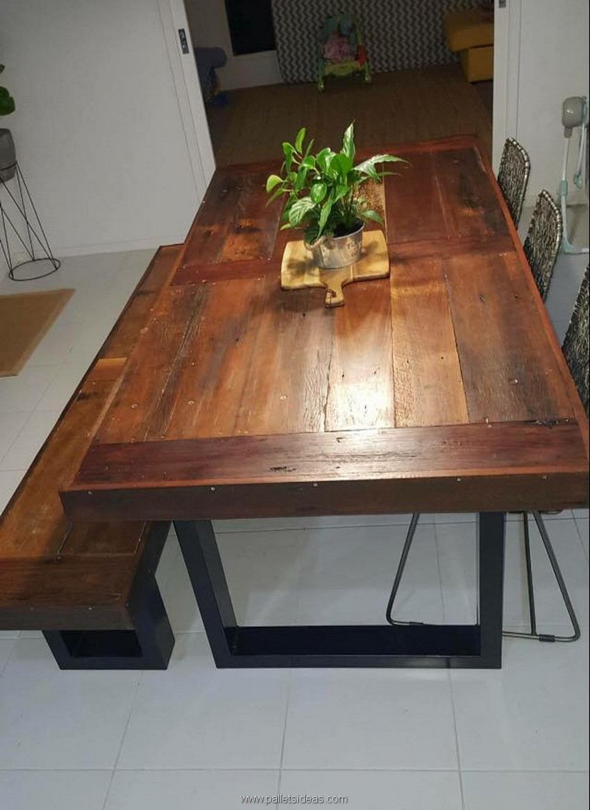 wood pallet dinning table