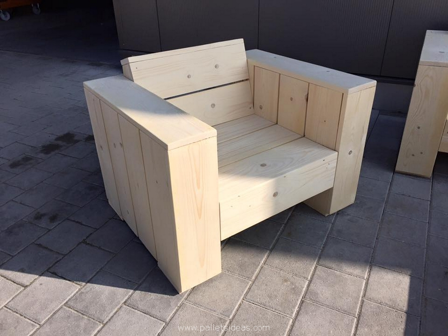 wood pallet patio couch