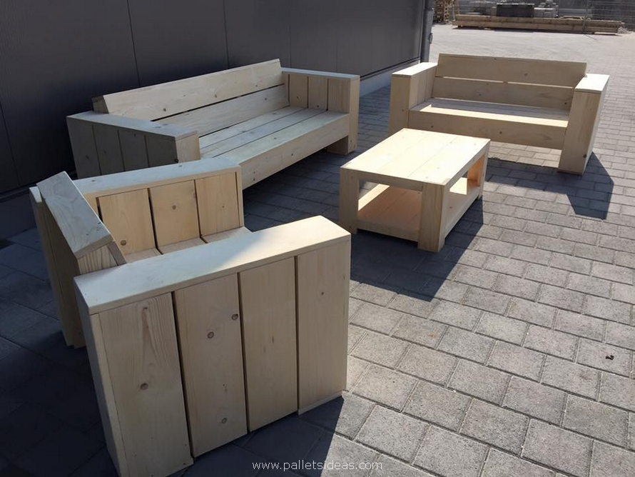 Wooden pallet patio couch set pallet ideas recycled for Pallet patio sofa
