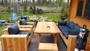 Pallet Wood Outdoor Lounge Furniture