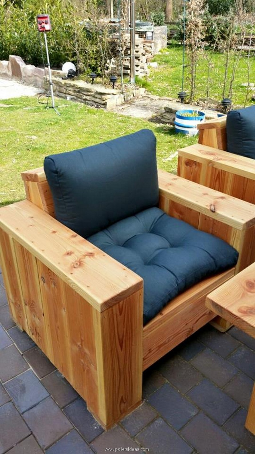 Pallet Wood Outdoor Lounge Furniture | Pallet Ideas: Recycled ...