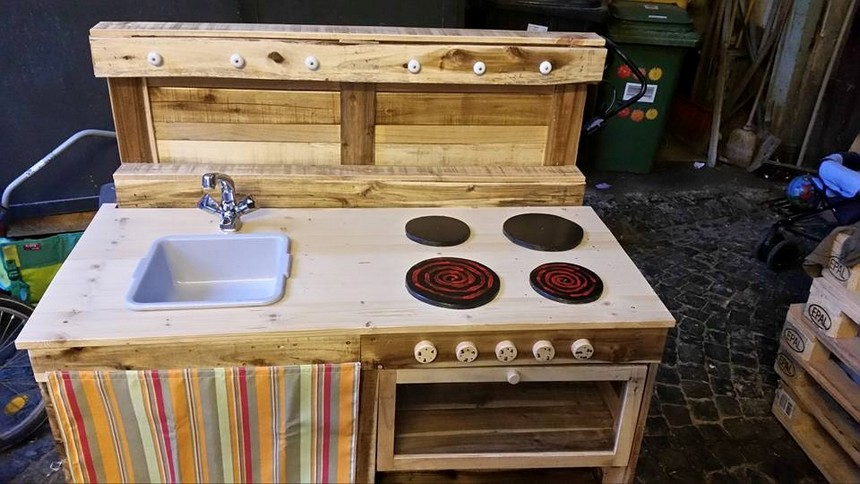 pallet wood mud kitchen
