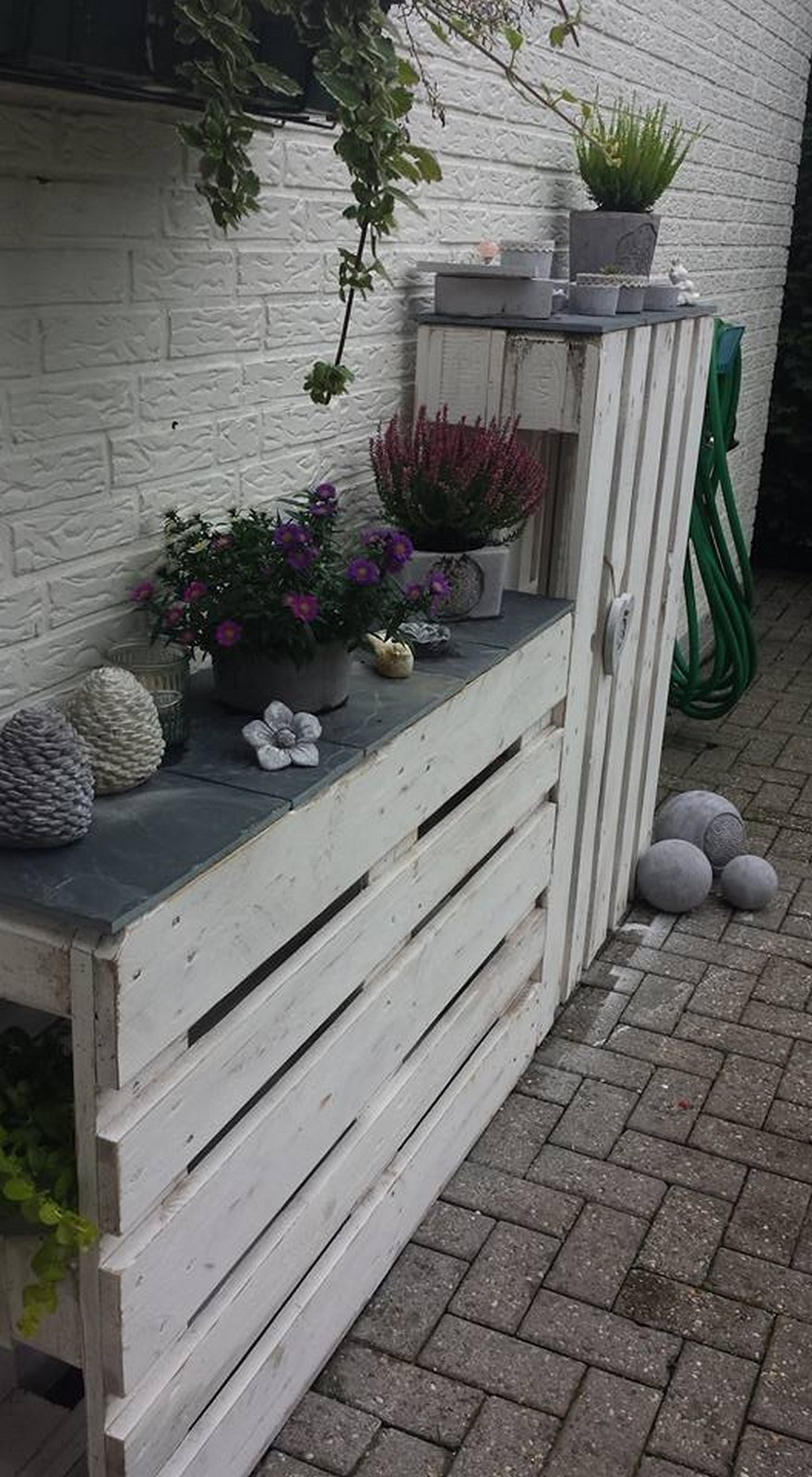 recycled pallet planter plan