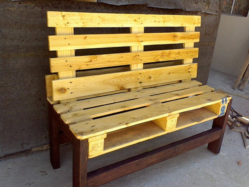 unfinished pallet bench