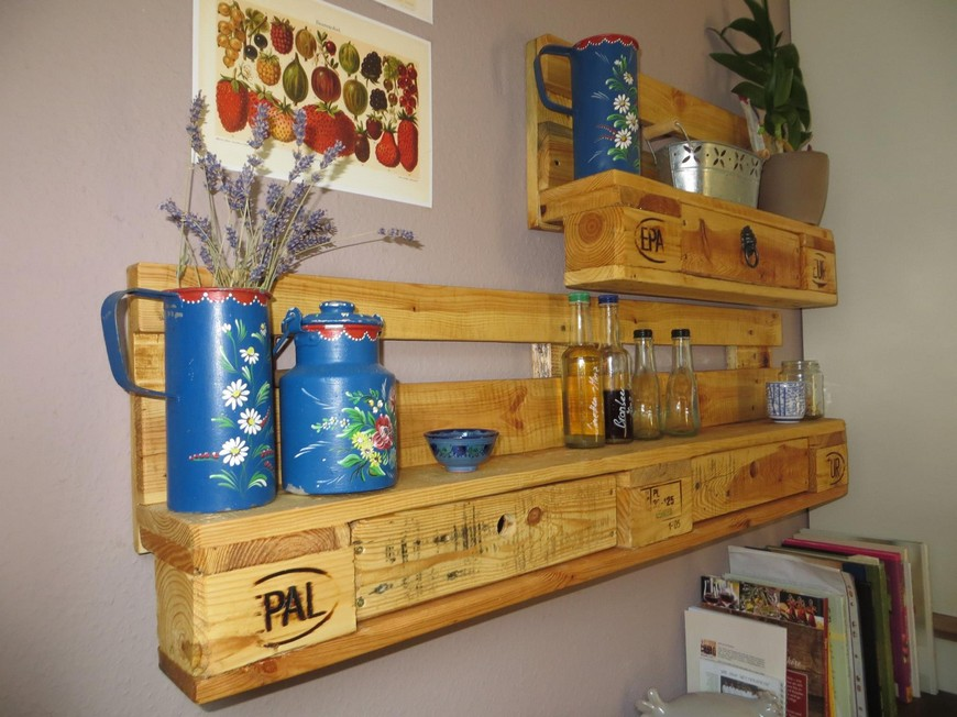 upcycled-pallet-kitchen-shelves
