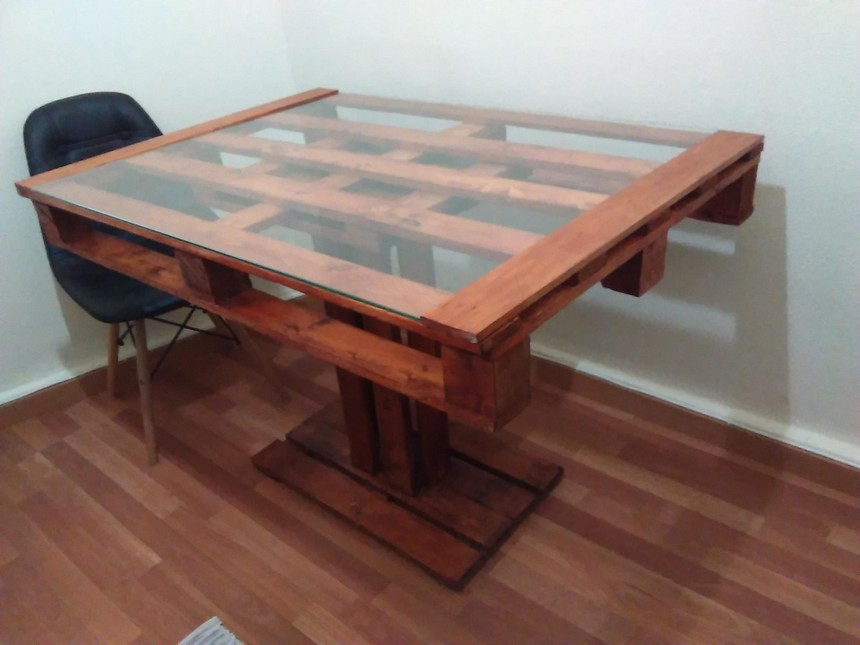 wood pallet glass top table