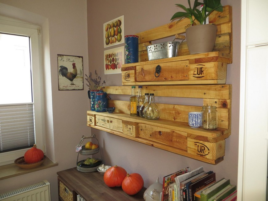 wooden-pallet-kitchen-shelves