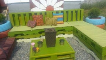 Cute Colorful Pallets Projects