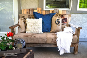 DIY Pallets Chair Cum Sofa